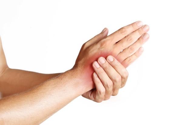 Các dấu hiệu thiếu vitamin B12 ai cũng cần kiểm tra ngay để bảo vệ sức khỏe tốt hơn - Ảnh 2.