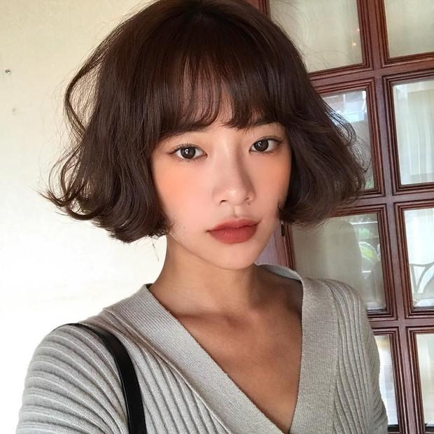 Không phải beauty blogger nhưng 5 hot girl Hàn này vẫn được hội mê làm đẹp săn đón vì makeup cực long lanh - Ảnh 14.