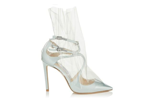 Từ hình ảnh của Rihanna rút ra chân lý: muốn có giày mới, cứ lấy nylon mà bọc vào giày cũ! - Ảnh 8.