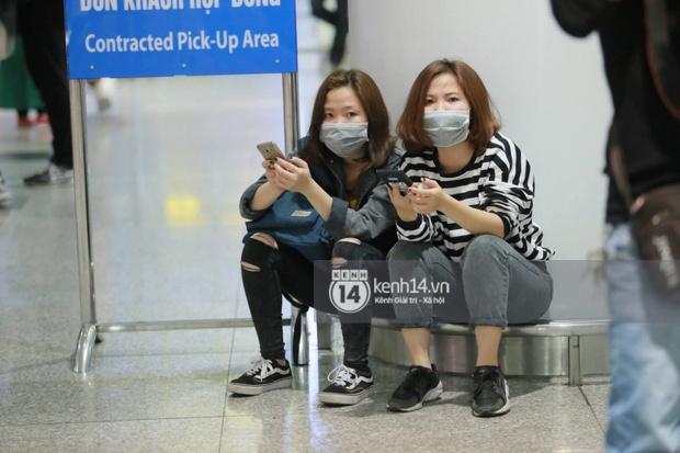 Chuyến bay cuối cùng hạ cánh, fan tiếc nuối vì G-Dragon không đến Việt Nam như tin đồn - Ảnh 12.