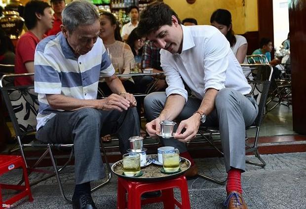 Niềm tự hào ẩm thực Việt: khi các vị nguyên thủ đến Việt Nam và chọn các món giản dị thế này - Ảnh 2.
