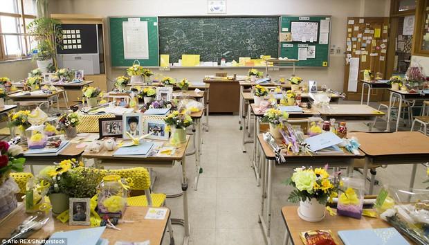 Bức ảnh tập thể lớp của các học sinh Hàn Quốc sau thảm kịch chìm phà Sewol khiến nhiều người rơi nước mắt - Ảnh 8.