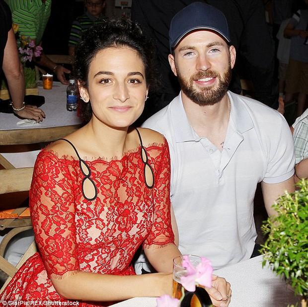 Captain America Chris Evans tiết lộ độ tuổi đánh mất sự trong trắng - Ảnh 4.