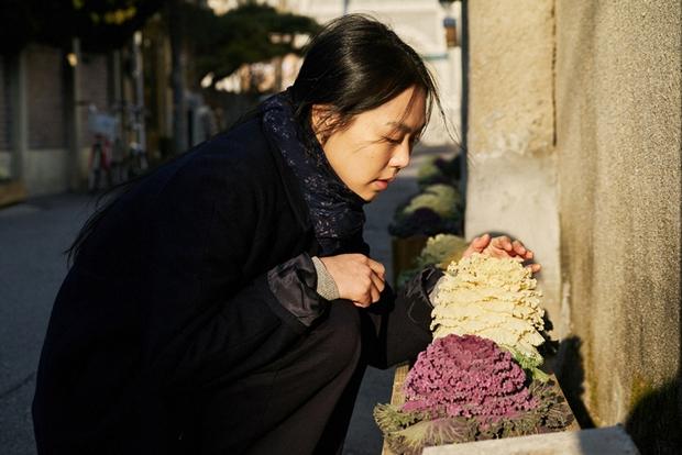 Điện ảnh Hàn tháng 3: Tìm xem 10 phim đậm tính nghệ thuật này nhé! - Ảnh 57.