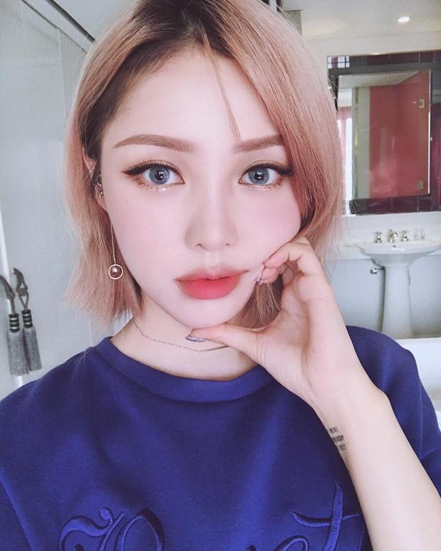 Xinh là một chuyện, các hot girl châu Á còn chăm áp dụng 5 bí kíp makeup này để có ảnh selfie thật ảo - Ảnh 8.