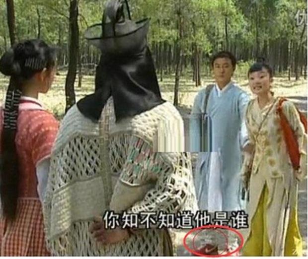 11 hạt sạn ngớ ngẩn khiến ai nấy đều bó tay trong các tác phẩm truyền hình Hoa ngữ! - Ảnh 3.