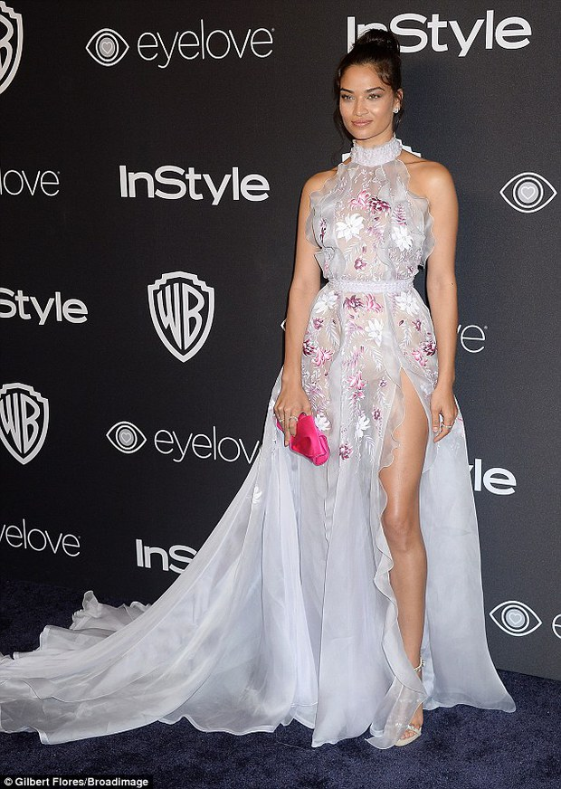 Hậu Quả Cầu Vàng: Miranda Kerr trễ nải sexy, mỹ nhân Blurred Lines hớ hênh trên thảm đỏ - Ảnh 10.