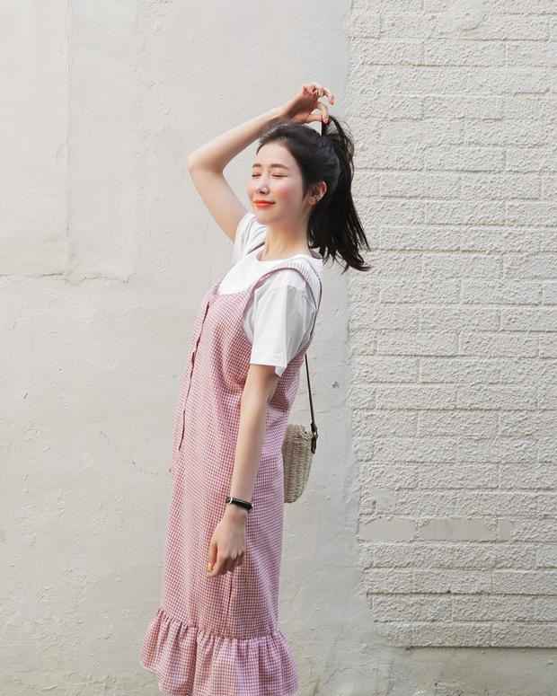 Ngoài váy hoa, hè này còn 5 kiểu váy khác cũng xinh và mát hết nấc - Ảnh 21.