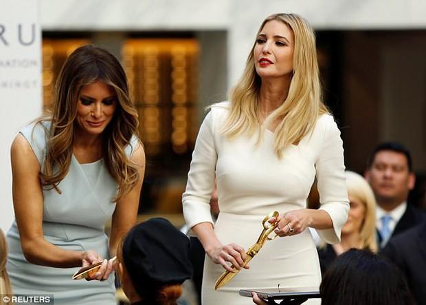 Ivanka Trump thể hiện tình cảm thân thiết với mẹ kế Melania Trump - Ảnh 5.