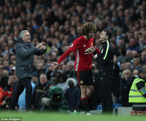 Fan Man Utd muốn treo giò Fellaini 18 tháng vì húc đầu Aguero - Ảnh 4.