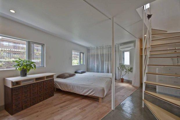 Căn nhà Nhật Bản nhìn thì nhỏ hẹp vậy thôi, nhưng khi bước vào trong bạn sẽ phải bất ngờ - Ảnh 9.