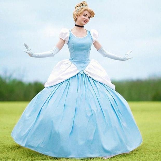 Cô gái dành 300 triệu đồng để trở thành các nàng công chúa Disney, và lý do đáng yêu phía sau - Ảnh 4.