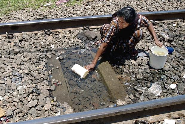 Ngày Nước thế giới, nhìn lại những bức hình ám ảnh về thực trạng khan hiếm nước trên toàn thế giới - Ảnh 4.