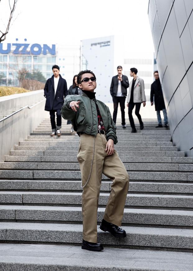 Set đồ của bố mà Sơn Tùng mặc tới Seoul Fashion Week giống của Ngô Diệc Phàm đến bất ngờ - Ảnh 5.