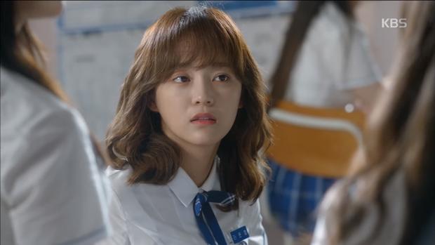 """Tập 3 """"School 2017"""": Ai đó mau cứu lấy mái tóc của Se Jeong trong """"School 2017"""" đi! - Ảnh 10."""
