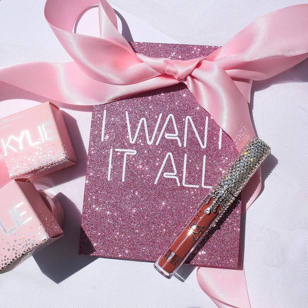 Sau một năm rưỡi, hãng mỹ phẩm của Kylie đã đạt doanh thu siêu khủng và chuẩn bị trở thành thương hiệu tỉ đô - Ảnh 5.