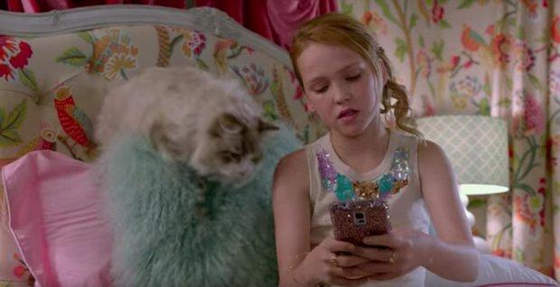 Đây là 2 cô bé khiến cho búp bê ma Annabelle cũng phải khóc nhè bỏ chạy - Ảnh 4.