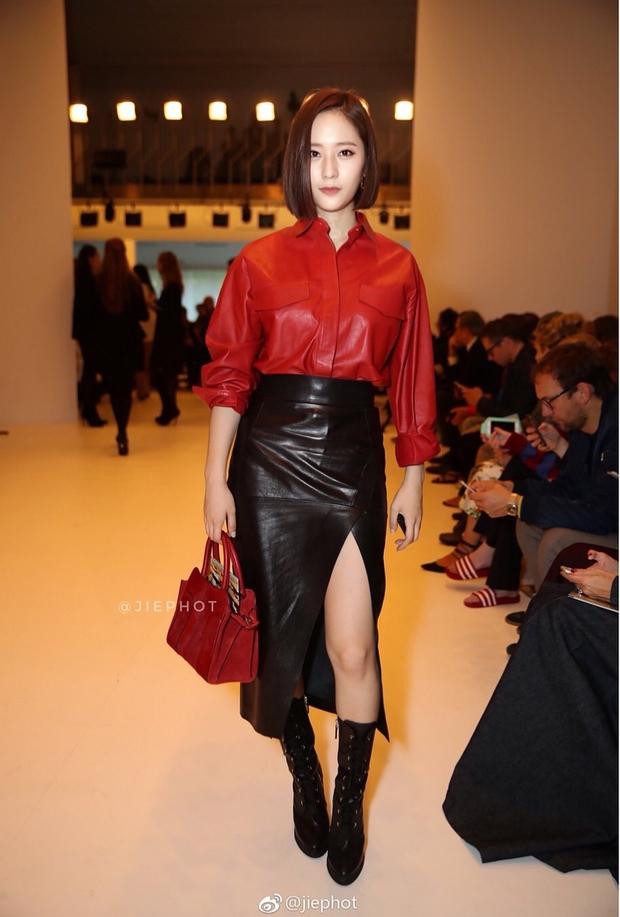 Quá bất ngờ: Krystal đột nhiên cắt phăng mái tóc dài, xuất hiện với tóc bob thời thượng tại Milan Fashion Week - Ảnh 5.