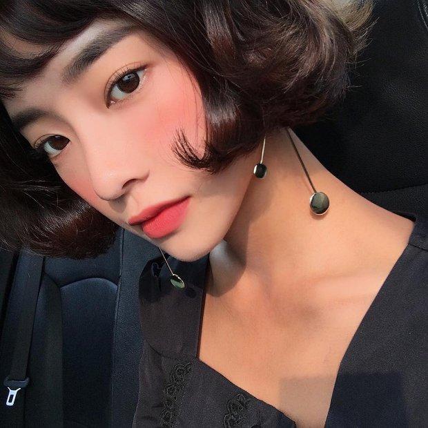 Không phải beauty blogger nhưng 5 hot girl Hàn này vẫn được hội mê làm đẹp săn đón vì makeup cực long lanh - Ảnh 15.