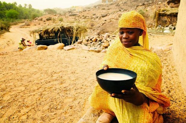Ghé thăm nơi vỗ béo phụ nữ tại Mauritania - khi chuẩn mực cái đẹp trở thành cực hình - Ảnh 6.