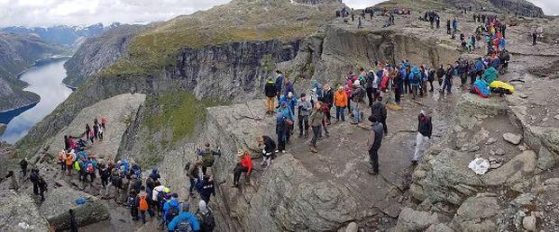 Bí ẩn đằng sau mỏm đá sống ảo tại Na-uy: Mất 30 tiếng leo núi chỉ để chụp vài tấm hình selfie rồi... đi về! - Ảnh 5.