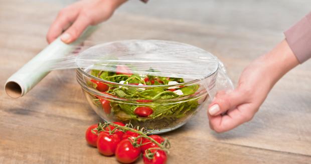 Sai lầm thường gặp khi bảo quản đồ trong tủ lạnh khiến cho thực phẩm thành mầm mống gây bệnh - Ảnh 4.