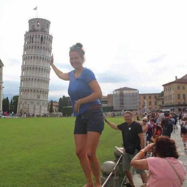 15 khoảnh khắc khôi hài của những người đang chụp ảnh thì bị phá đám - Ảnh 7.
