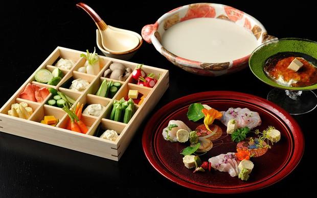 Yuba - món váng đậu tưởng nhạt nhẽo nhưng ở Nhật lại là món ăn sang trọng và tinh tế đến không ngờ - Ảnh 2.