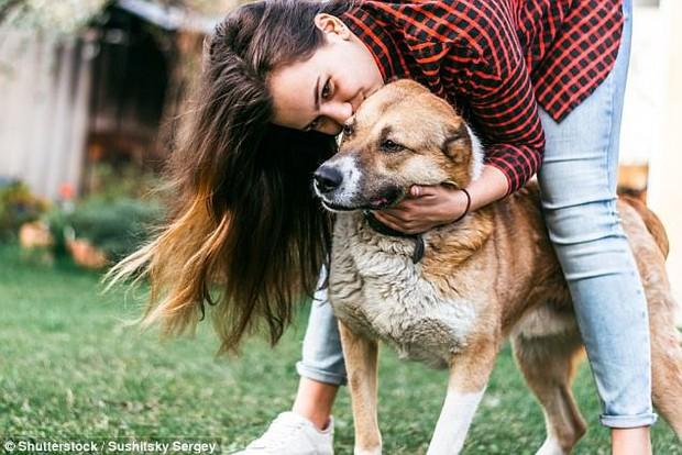 Chó cũng biết nói? Phát hiện gây sốc nâng tầm trí khôn của chó lên một đẳng cấp mới - Ảnh 2.