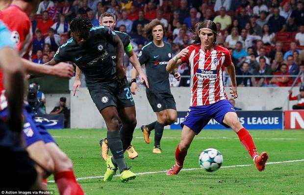 Diego Costa rầu rĩ, chứng kiến Chelsea thắng ngược Atletico - Ảnh 10.