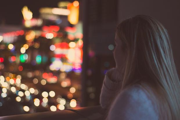 Nếu chưa dứt tình với người cũ thì đừng yêu người mới - Ảnh 2.