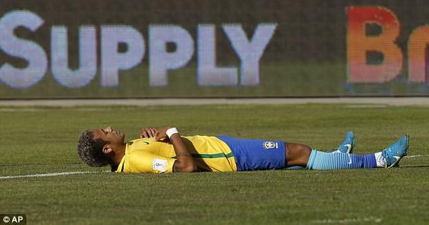 Neymar và đồng đội tuyển Brazil phải thở oxy sau trận hòa Bolivia - Ảnh 5.