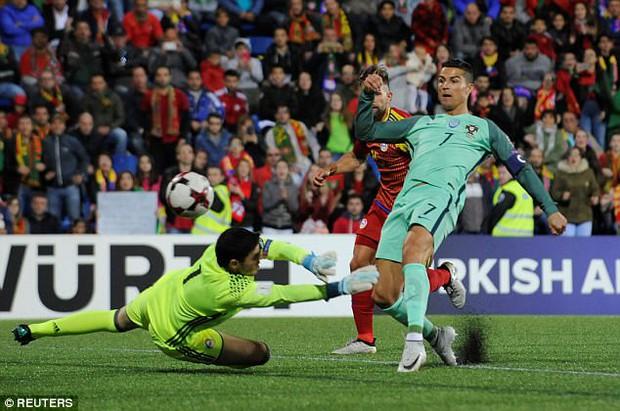 Cứu tinh Ronaldo giúp Bồ Đào Nha mở toang cánh cửa giành vé World Cup 2018 - Ảnh 7.