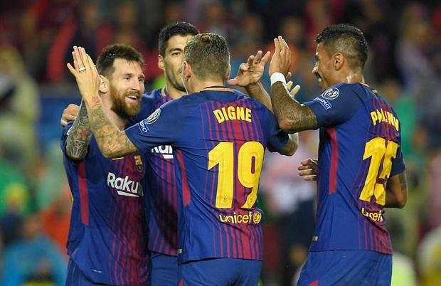 Messi ghi bàn thắng thứ 100, lập kỷ lục ở đấu trường châu Âu - Ảnh 1.