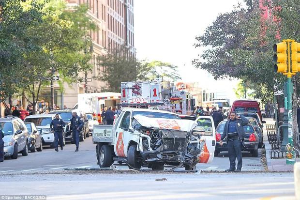 Chân dung nghi phạm vụ khủng bố lái xe tải đâm liên hoàn chết 8 người ở New York - Ảnh 3.