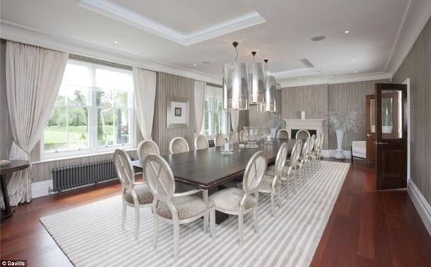 Ashley Cole bán biệt thự từng sống chung với vợ cũ Cheryl - Ảnh 2.