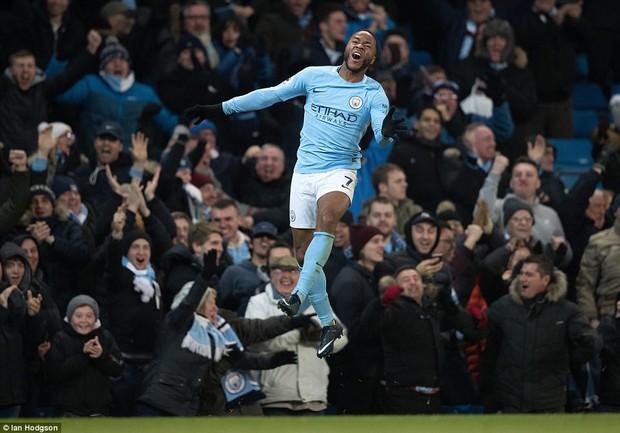 Man City thắng kịch tính phút bù giờ, lại hơn Man Utd 8 điểm - Ảnh 11.