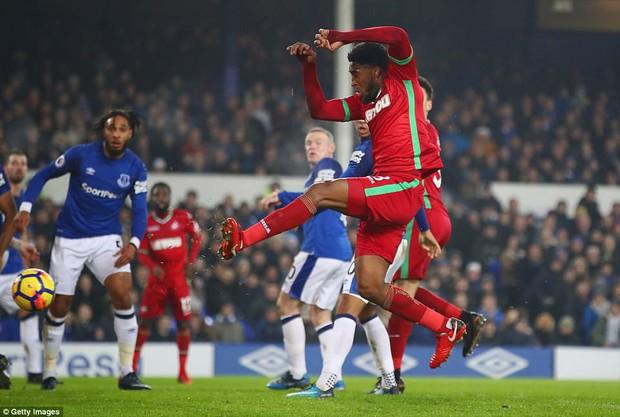 Rooney tỏa sáng, Everton tiếp đà hồi sinh - Ảnh 5.