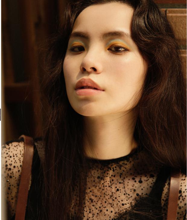 10 xu hướng makeup mùa thu tuyệt đẹp từ sàn runway con gái châu Á có thể áp dụng ngon ơ - Ảnh 15.