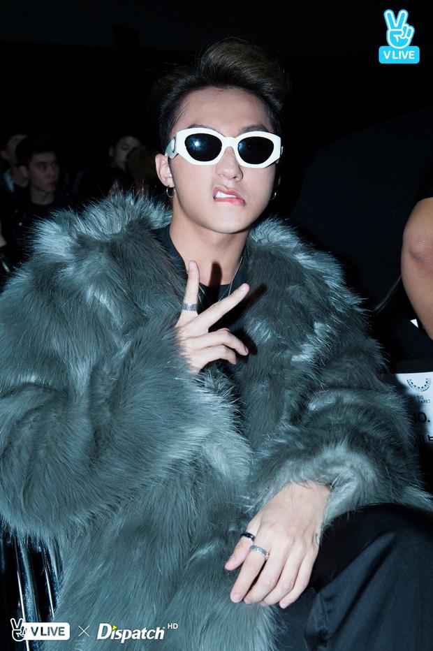 Seoul Fashion Week: Sơn Tùng M-TP khoác áo lông dài ngoài đồ thể thao, đeo kính râm xuất hiện cực ngầu - Ảnh 7.