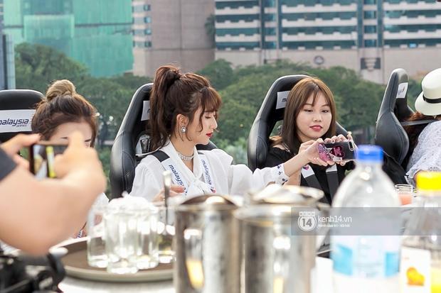 Kiểu tóc xoăn tít hot trend của Quỳnh Anh Shyn: Tạo kiểu chuẩn đã khó, giữ nó đẹp mãi còn khó hơn - Ảnh 4.