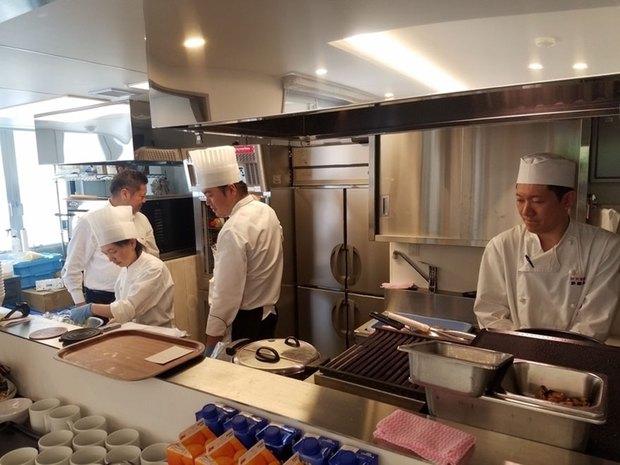 Ghé thăm nhà hàng ở Nhật Bản nơi thực khách yêu cầu món này nhưng lại được phục vụ món kia - Ảnh 8.