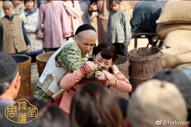 """""""Năm Ấy Hoa Nở"""": Trần Hiểu tức giận vì Tôn Lệ đã thành vợ người ta - Ảnh 5."""