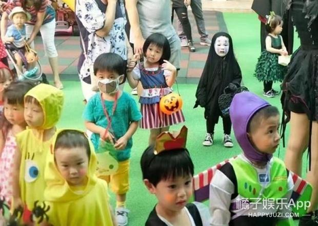 Sau màn hóa trang khiến người ta cười lăn lộn, cô bé Vô Diện nổi nhất dịp Halloween năm ngoái lại tái xuất rồi - Ảnh 5.