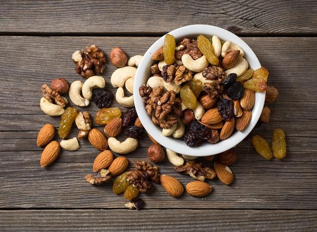 Ai cũng nghĩ các hạt giàu chất béo gây tăng cân nhưng các nhà nghiên cứu đã chứng minh điều ngược lại - Ảnh 3.