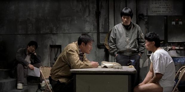 The Host - Tự hào là phim quái vật đầu tiên của nền điện ảnh Hàn - Ảnh 1.