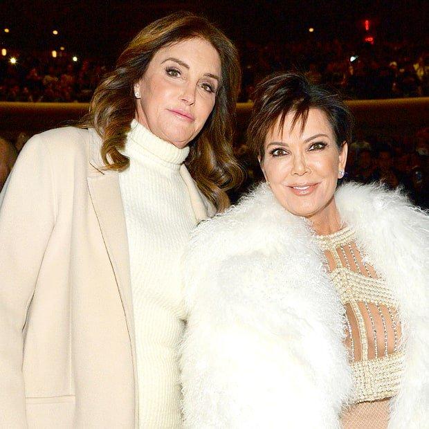 Bố từ mặt mẹ sau khi chuyển giới, Kendall - Kylie Jenner không biết phải chọn phe nào - Ảnh 1.