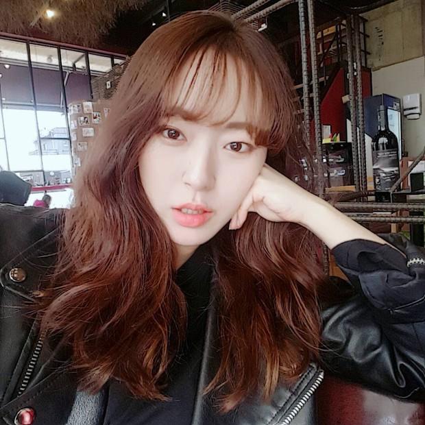 5 thỏi son từ bình dân đến cao cấp được các hot girl Hàn tích cực lăng xê thời gian này mà bạn không thể không biết - Ảnh 36.