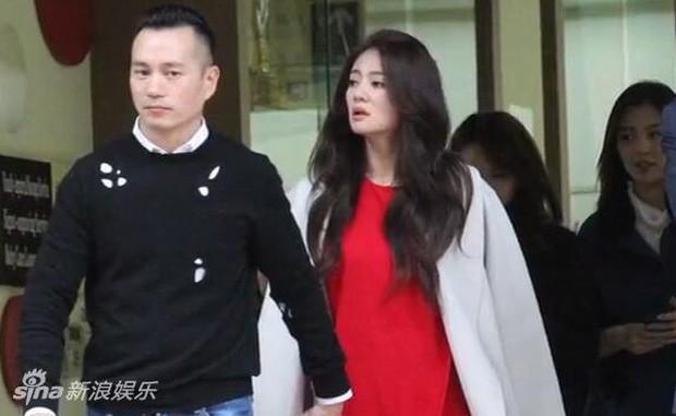 An Dĩ Hiên dẫn theo dàn hảo tỷ muội đi đăng ký kết hôn, tiết lộ màn cầu hôn siêu lãng mạn - Ảnh 2.