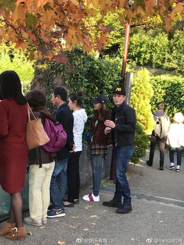 Giải toả stress, Hoắc Kiến Hoa đưa bà xã Lâm Tâm Như đi du lịch Nhật Bản - Ảnh 1.